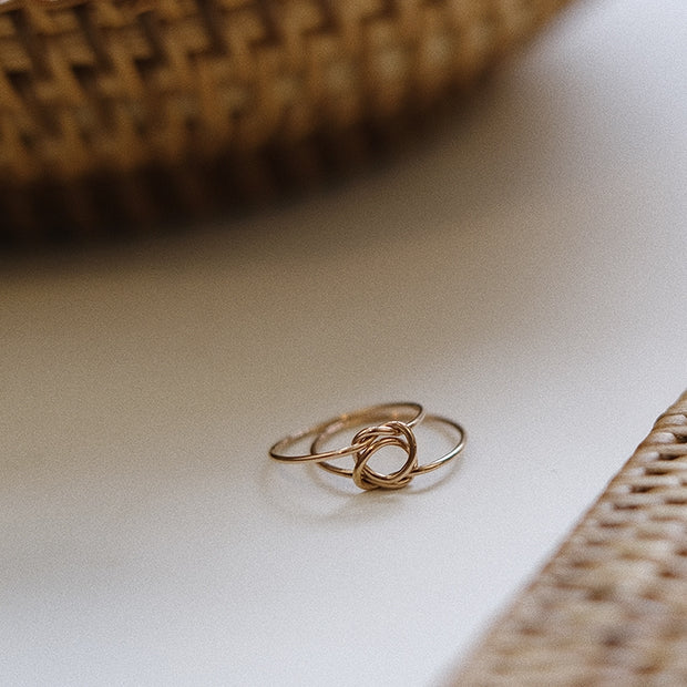 REMEMBRANCE KNOT RING