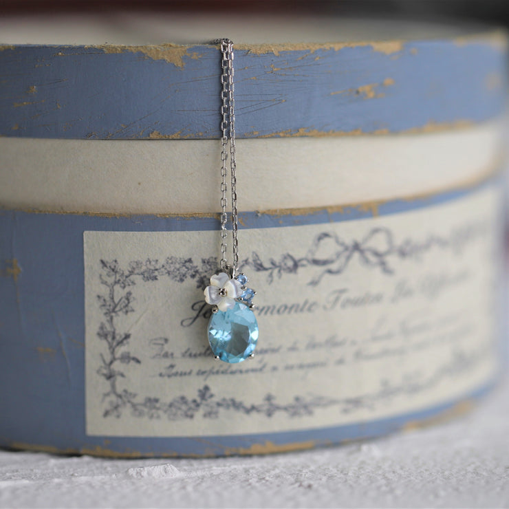 BLUE TOPAZ HYDRANGEA FLOWER NECKLACE