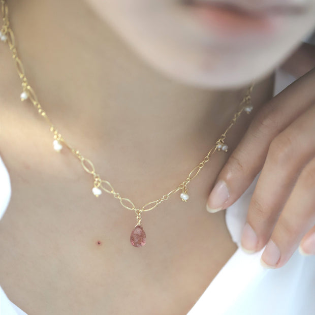 STRAWBERRY QUARTZ PEARLY NECKLACE