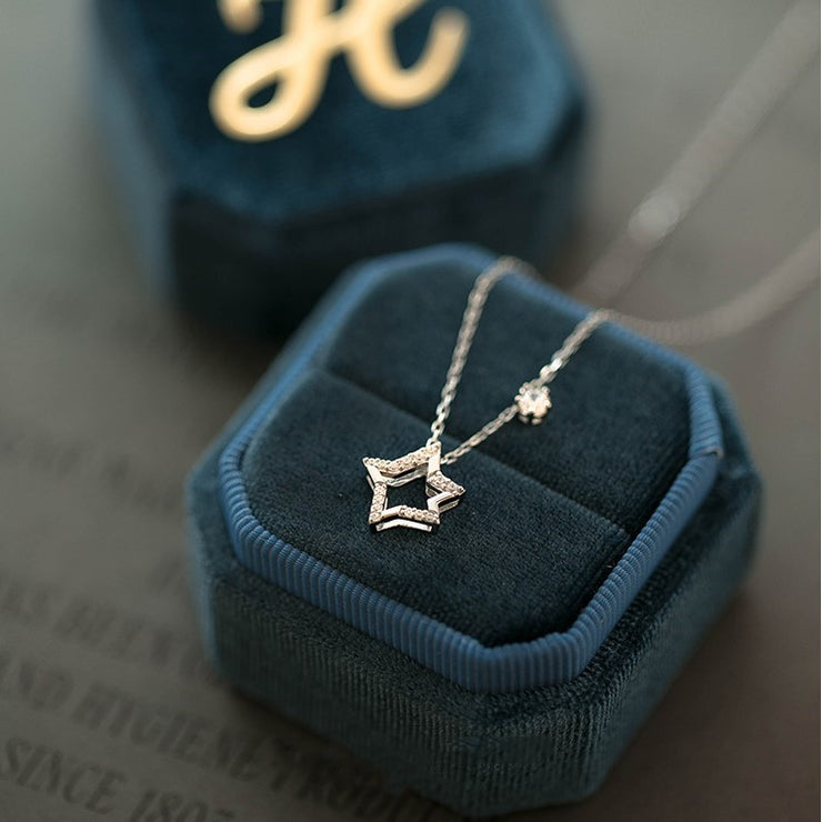 LE PETIT PRINCE NECKLACE