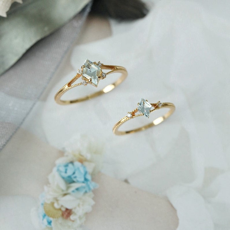 ICY BLUE TOPAZ RING SET