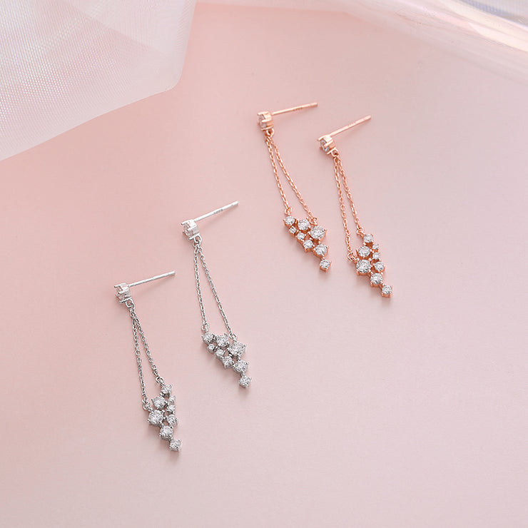 KEEP SWINGING EAR STUDS