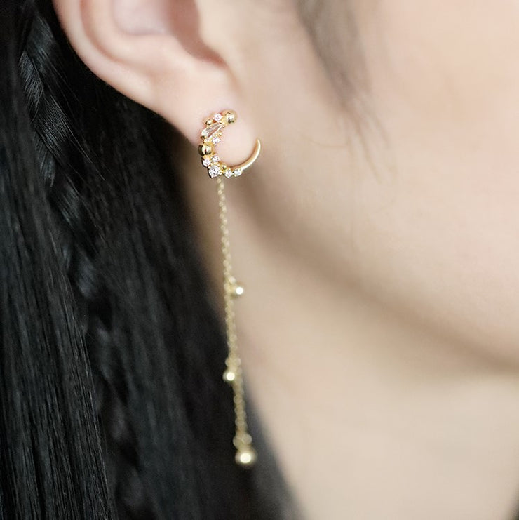 WANING CRESCENT MOON EAR JACKET