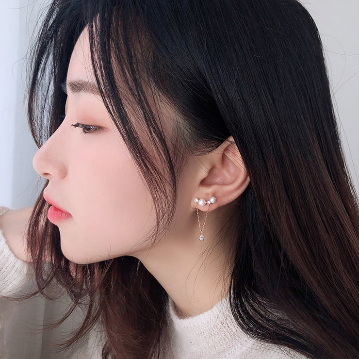 CASCADE OF CHANGE EAR STUDS