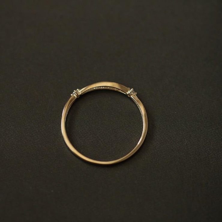 ENTWINE RING (9K GOLD)