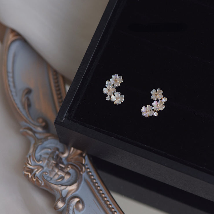 BLOOMING FLOWER EAR STUDS