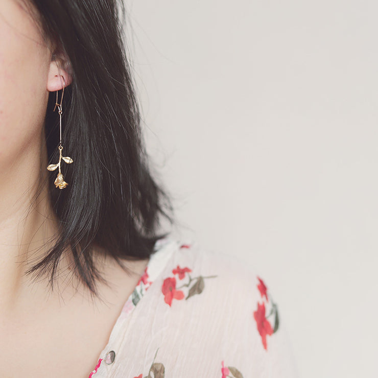 THE ROSE EARRINGS