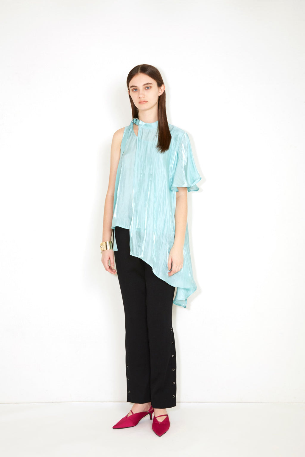 FLARE ASYMMETRY TOPS