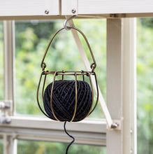 Wire String Holder *includes string
