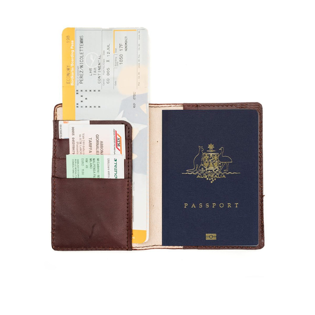 Sustainable Leather Passport Brown