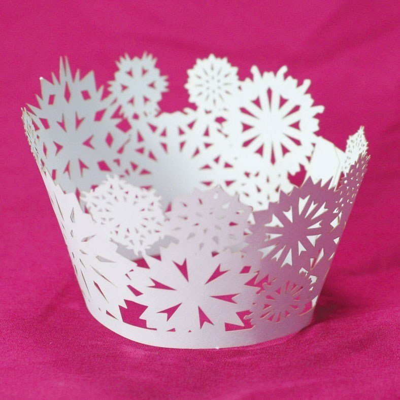 Snowflake in White Cupcake Wraps12pk