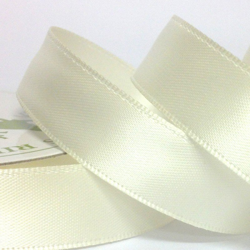 3mm Satin Ivory 10 Metre roll - Bakeworld.ie