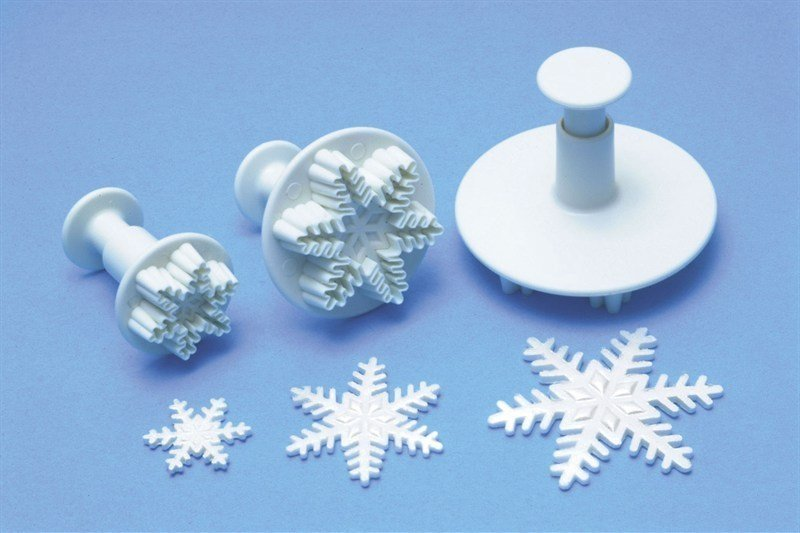 3 Set Snowflake Plunger Cutters - Bakeworld.ie