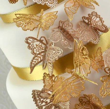 Claire Bowman Butterfly Cake Lace Mat - Bakeworld.ie
