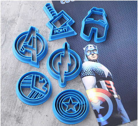 Avengers Cutters 6 pc