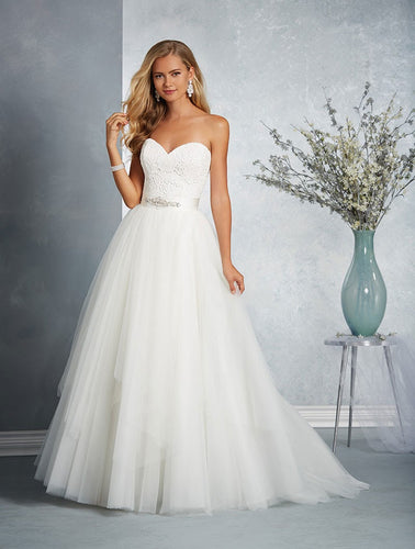 Alfred Angelo Bridal Gown 2606 - Size 12 Ivory