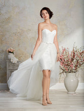 Alfred Angelo Modern Vintage Bridal Gown 8569 - Size 10 White