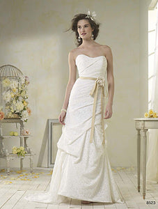 Alfred Angelo 8523 - Size 14 White/Mocha