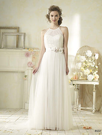 Alfred Angelo 8528 - Size 8 Ivory