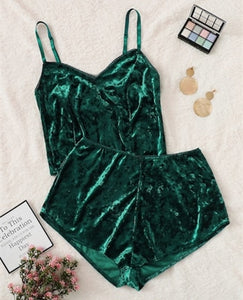 US Fashion Women 2pcs Velvet Sleepwear Sexy Spaghetti Strap Velvet Shorts Pajama Set Ladies Sleepwear female Pajama Party Set