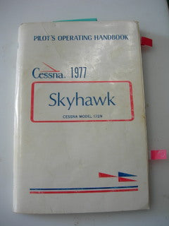Manual, Cessna - Skyhawk 172M - 1977 - Pilot's Operating Handbook
