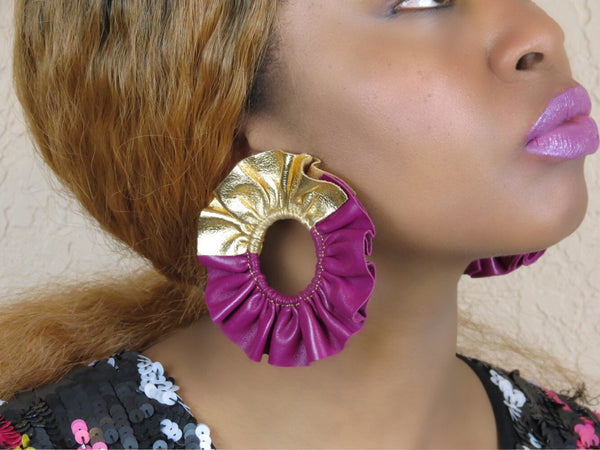 Zora Ruffle Earrings - Fuchsia