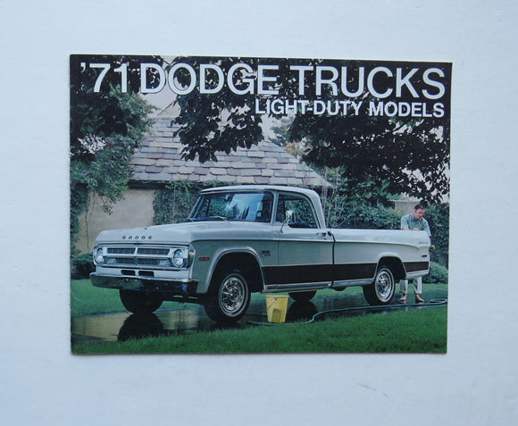 1971 Dodge Trucks Light-Duty Models Brochure Adventurer Utiline Sweptline