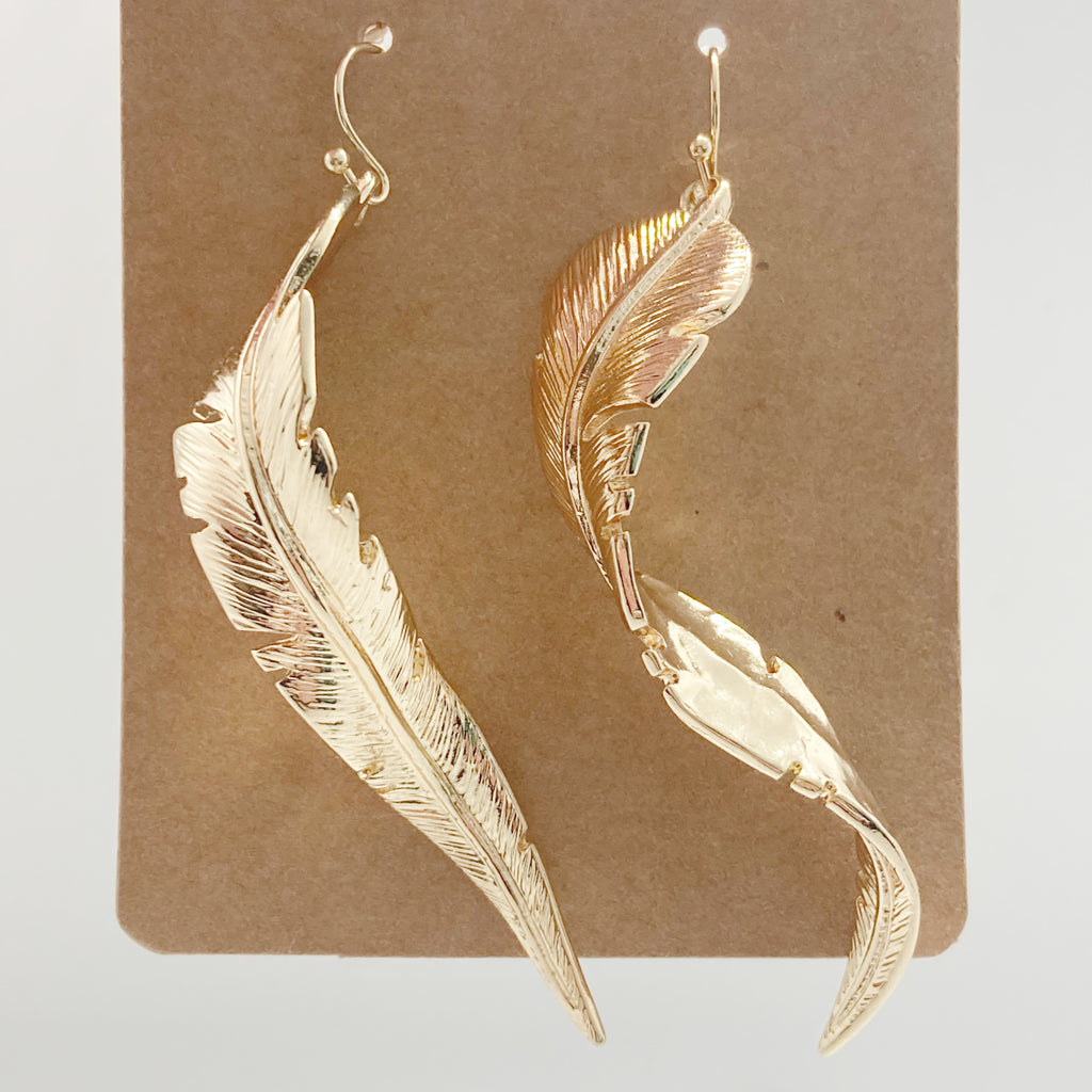 Shiny Leaf Drop Earring-Gold