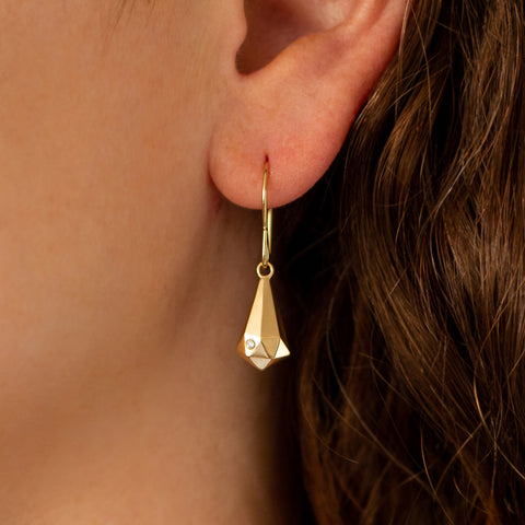 Faceted Gold Crystal Fragment Dangle Earrings