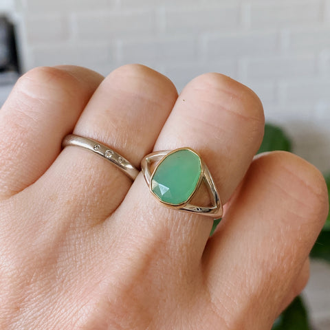 Rose cut Chrysoprase gold bezel ring with silver split band