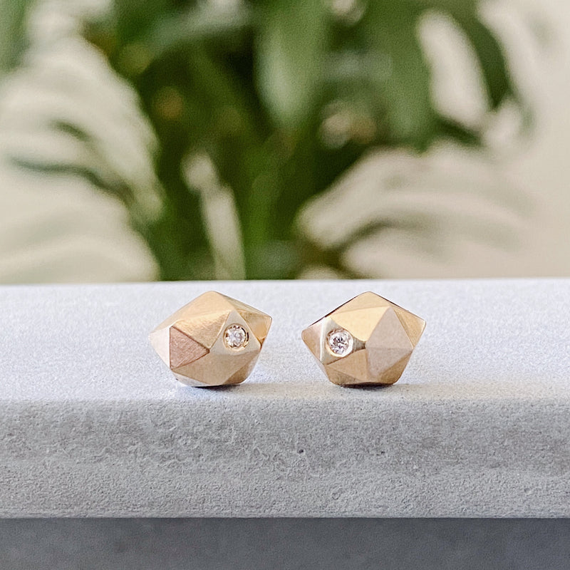 Gold Faceted Stud Earrings with Diamonds