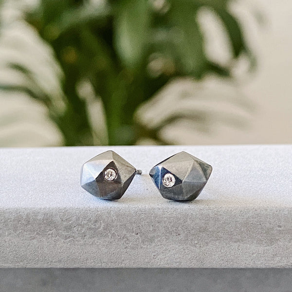 Oxidized Silver Faceted Stud earrings with DIamonds