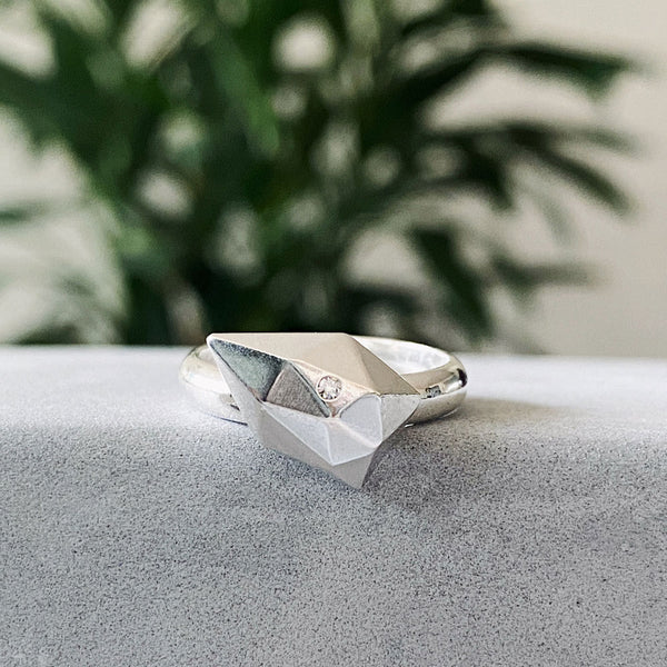 Angled Fragment Ring with Diamond