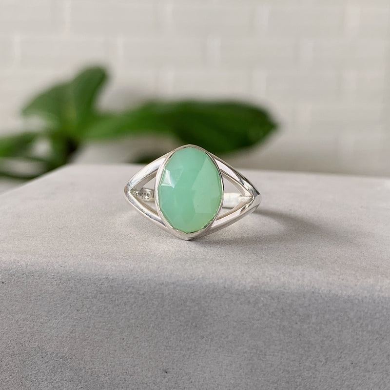 Chrysoprase Silver Cleo Ring