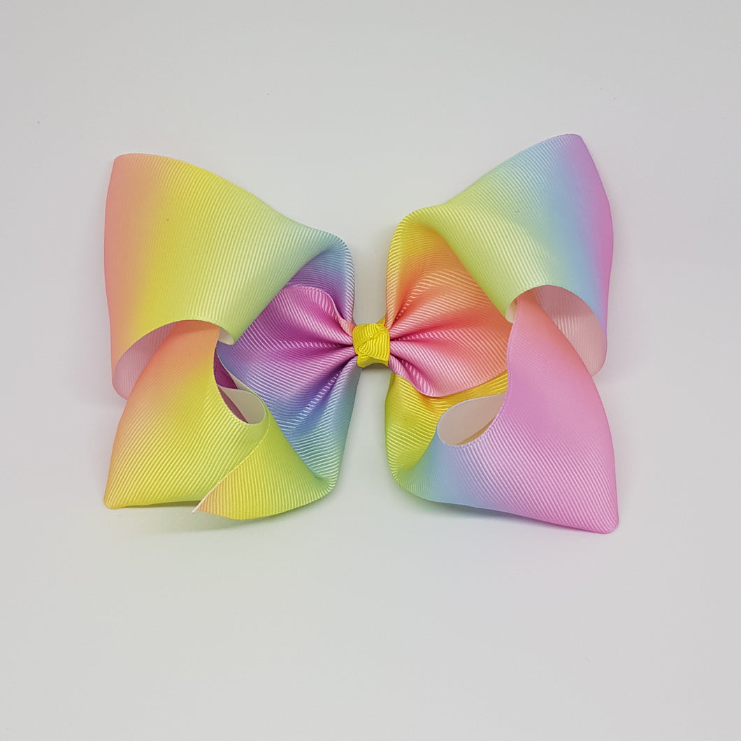 8 Inch Boutique Bow - Graduating/Ombre