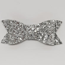 2.75 Inch Ivy Chunky Glitter Bow - Silver