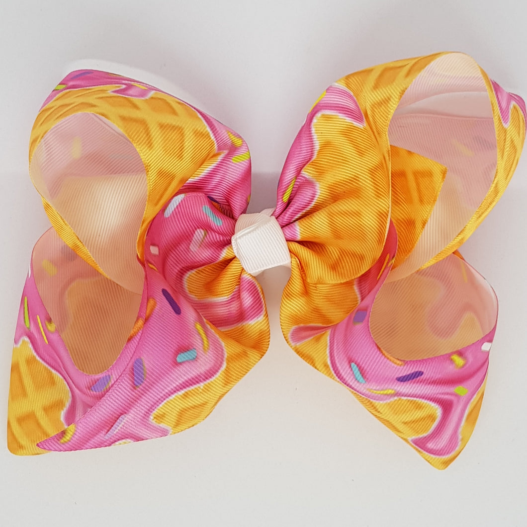 8 Inch Boutique Bow - Ice Cream