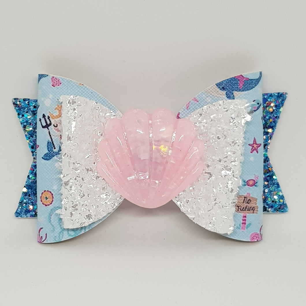 4.3 Inch Natalie Bow - Mermaid Royalty with Shells