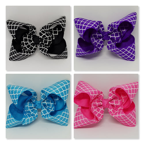4 Inch Boutique Bow - White Oil Quatrefoil