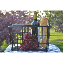 Cambridge Square Wire Basket with Wood Handle 4192