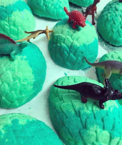Dinosaur Egg Surprise Bath Bomb