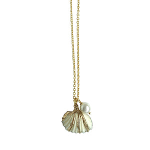 La La Sea Shell Pendant