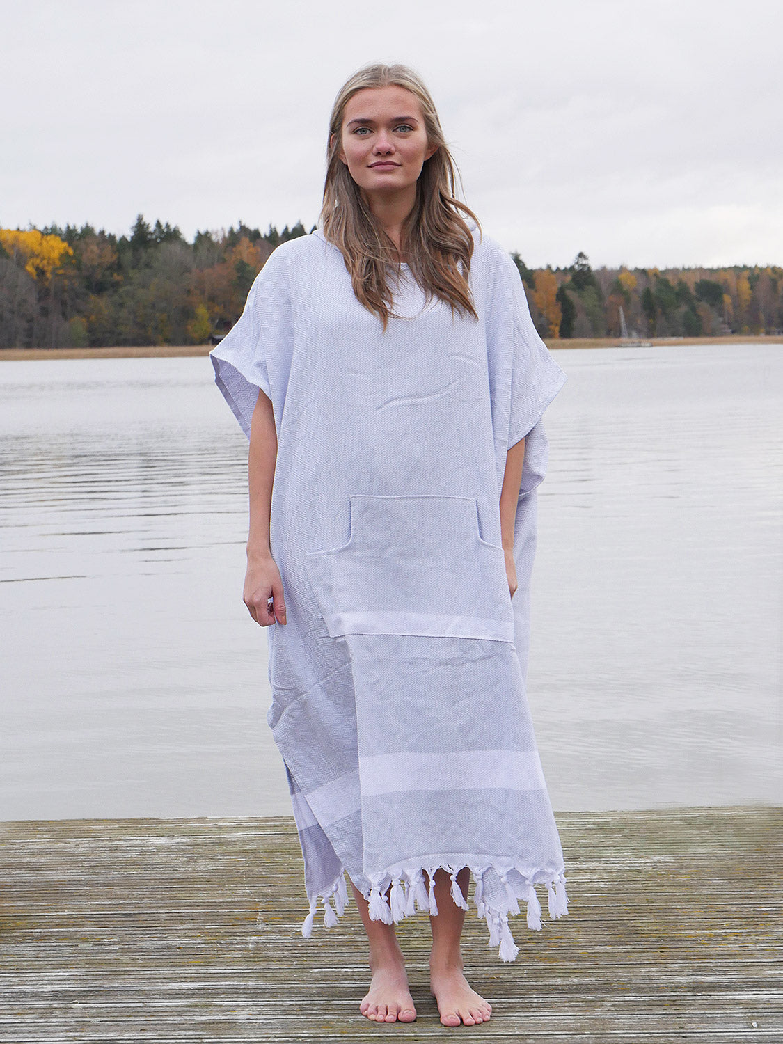 Izla Unisex Hooded Poncho Light Grey - Izla