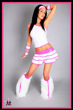 Shimmy White & Pink Outfit