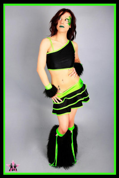 Shake Black & Green Outfit