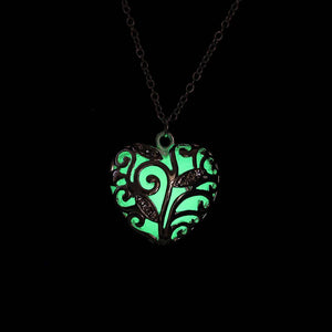 glow in the dark heart necklace  green that glows