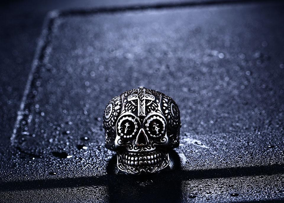 warrior skull ring distance front view white