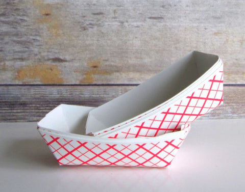 SQP Red Checkered Plaid Food Tray 10 lb. - 250/Case