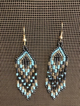 Handbeaded Earring made in Guatmala