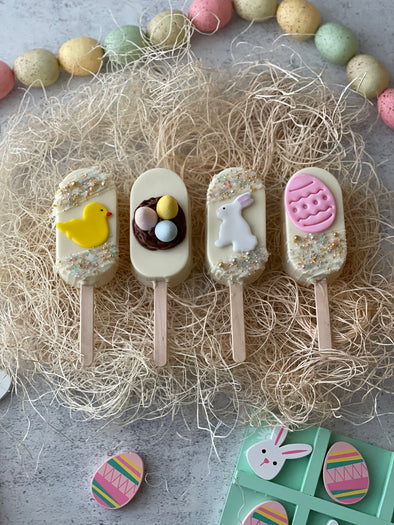 Set of 4 Easter Themed Cakesicles